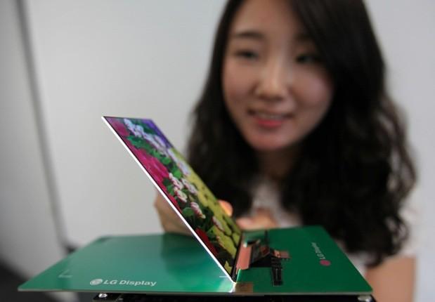 2,2mm von LG – Dünnstes FullHD Display wurde vorgestellt