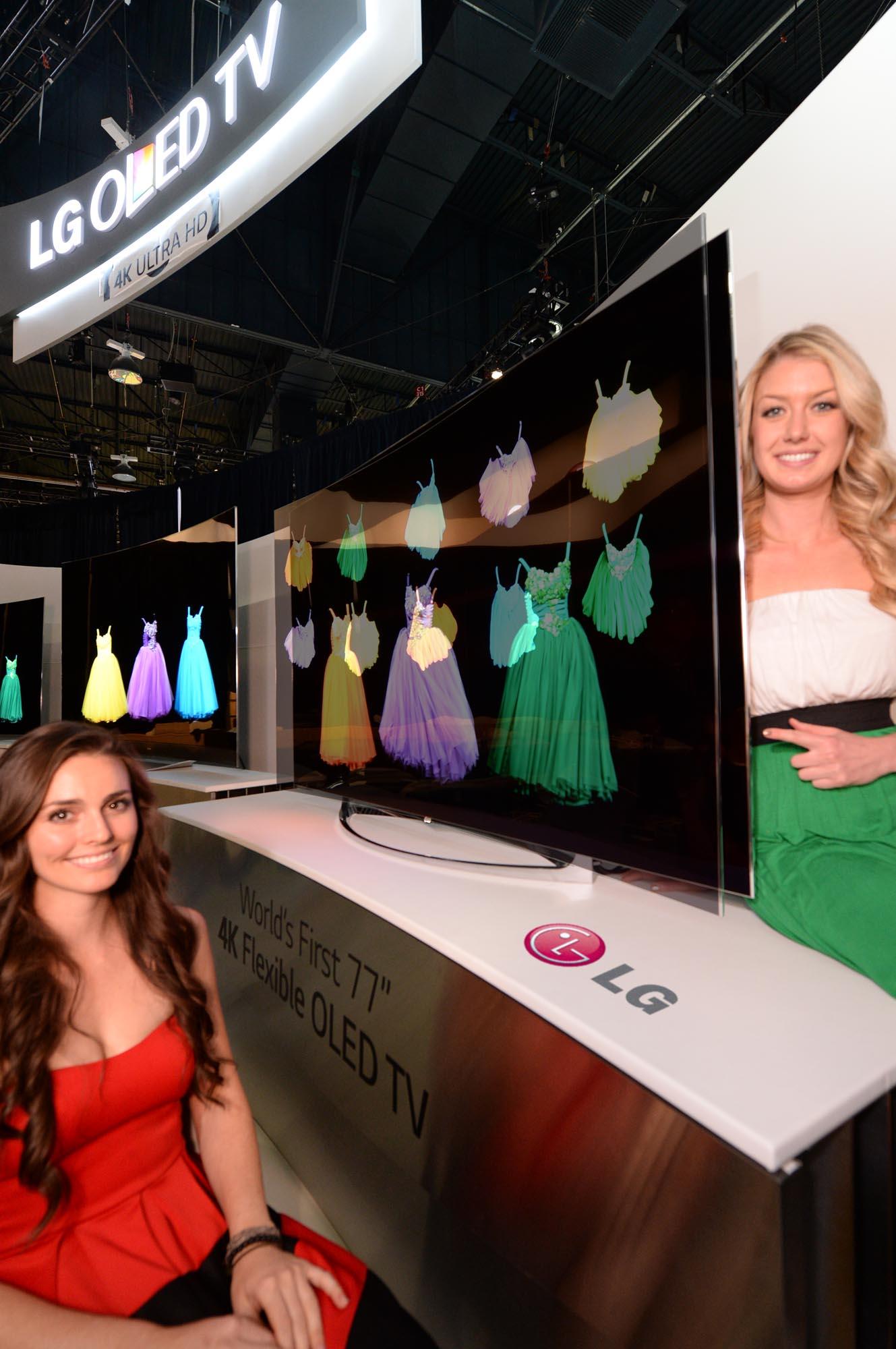 [CES 2014] LG zeigt flexiblen 77 Zoll OLED Smrt-TV