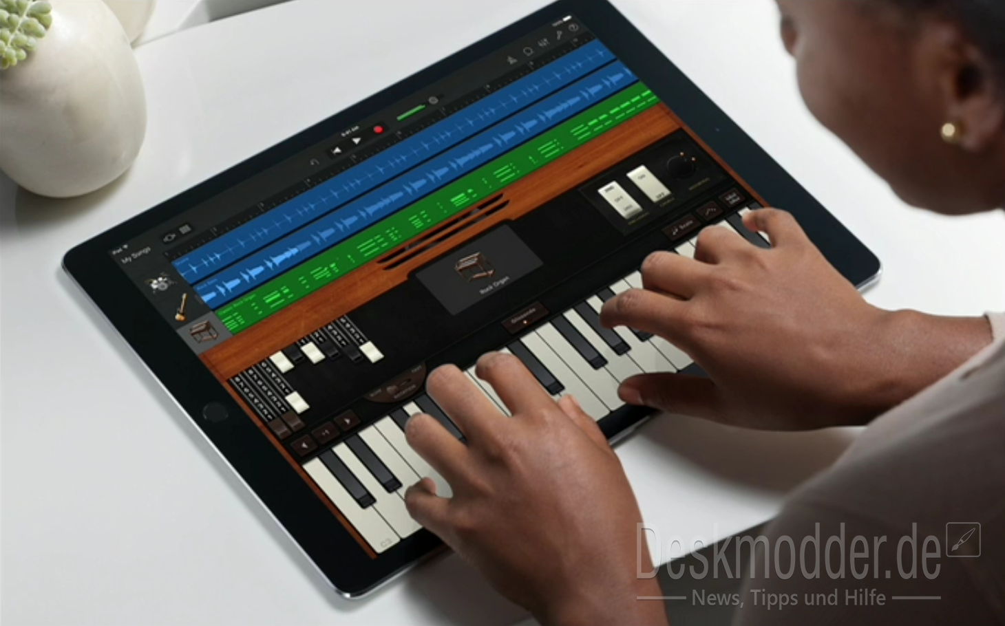 ipad_pro_apple_case_keyboard