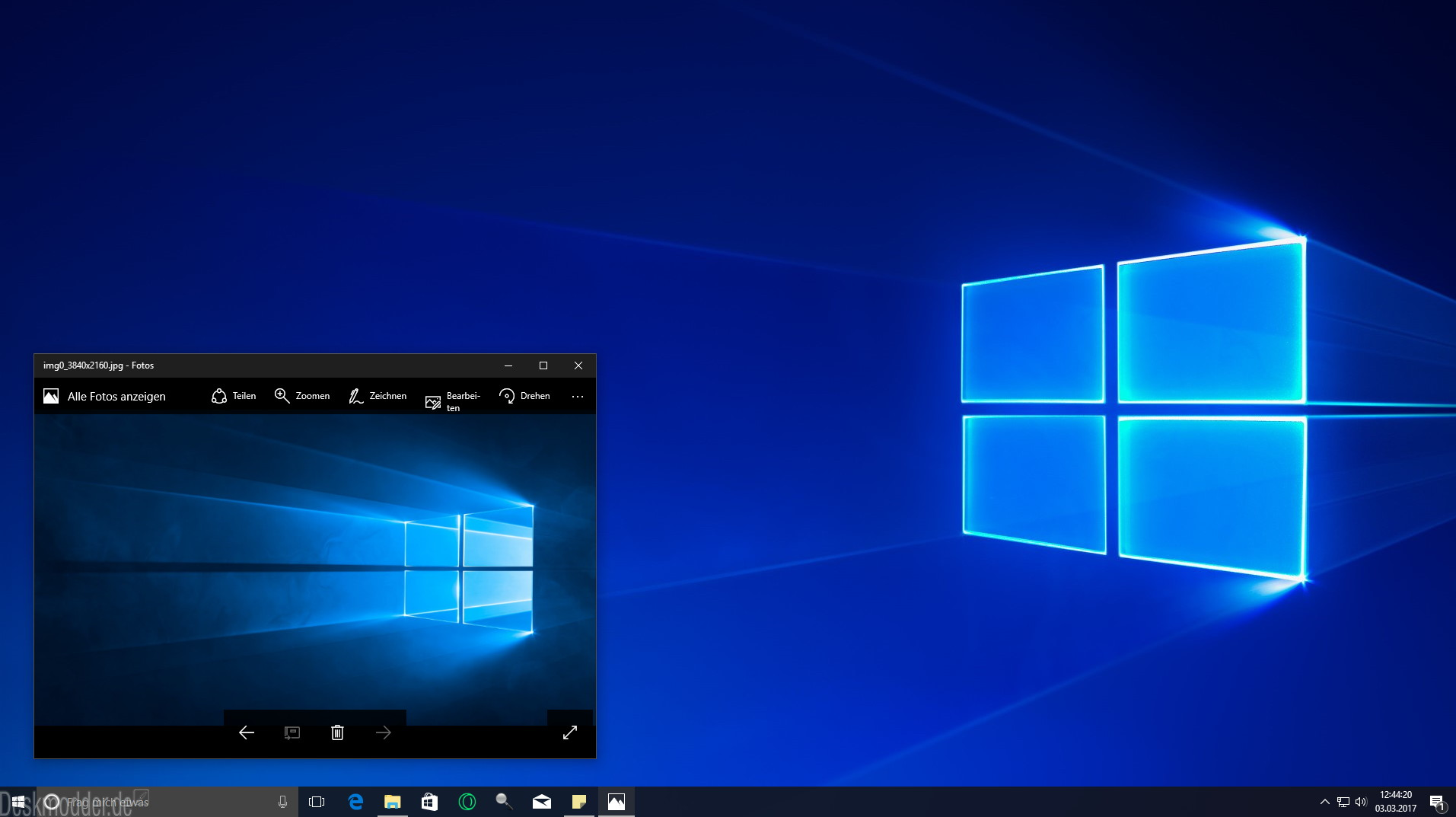 Windows 10 1703 microsoft poliert das hero wallpaper for Microsoft win10