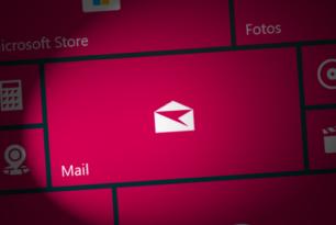 Windows 10X kommt ohne vorinstallierte Mail und Kalender App