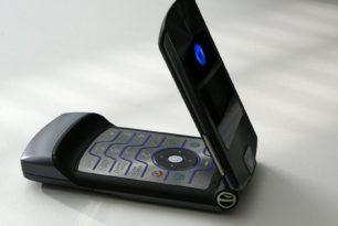 Motorola RAZR – Neueinstieg als faltbares Smartphone