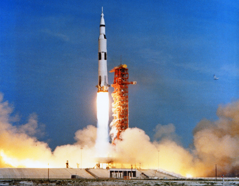 apollo 16 launch - HD2880×2251