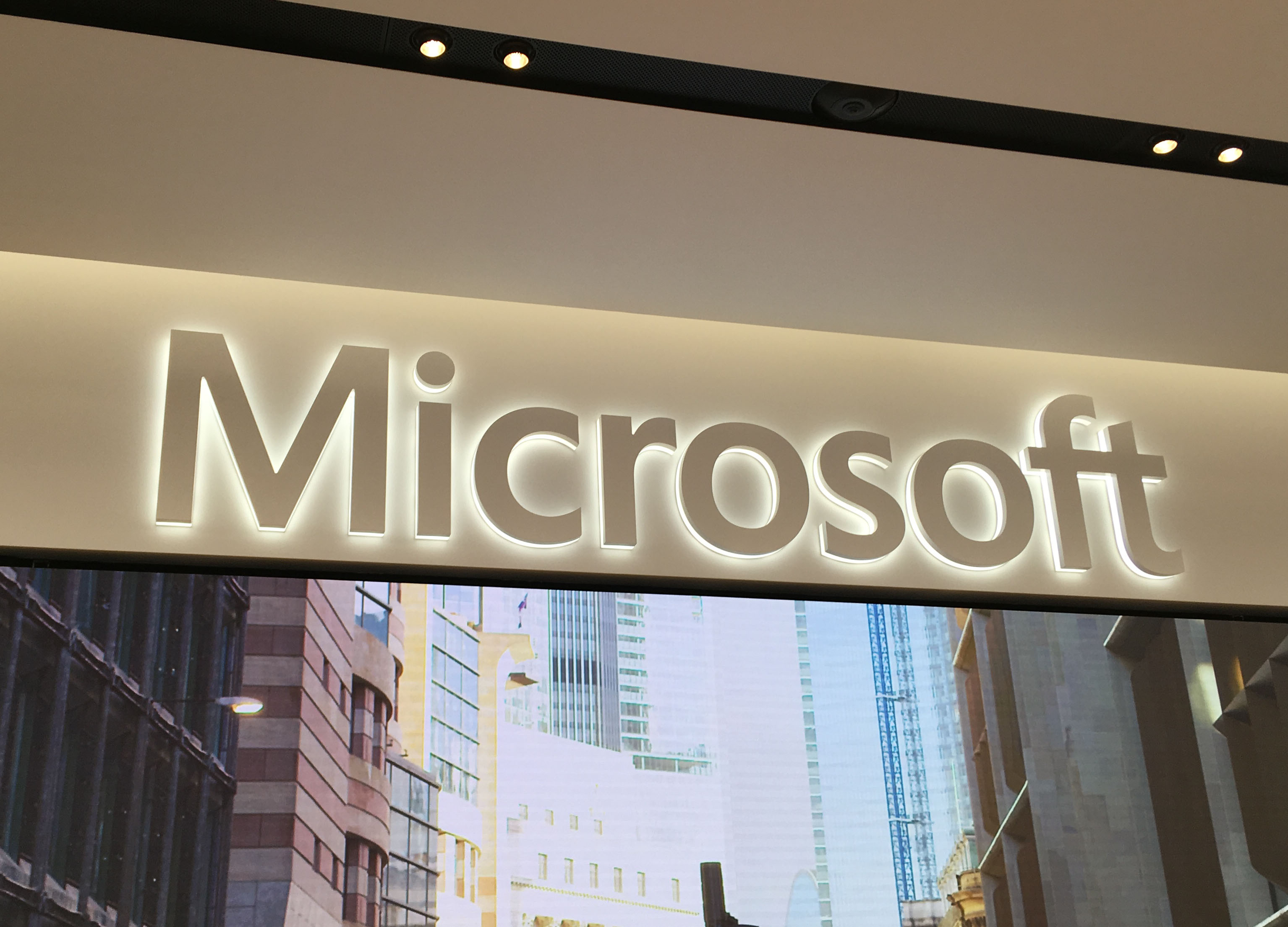Office 365 vs office 2020