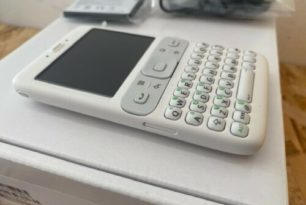 Prototyp des ersten Android-Handys bei Ebay